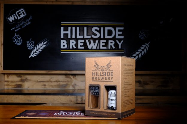 4x Hillside Brewery Beer bottle presentation pack with a glass, a great present for any beer lover (centre)