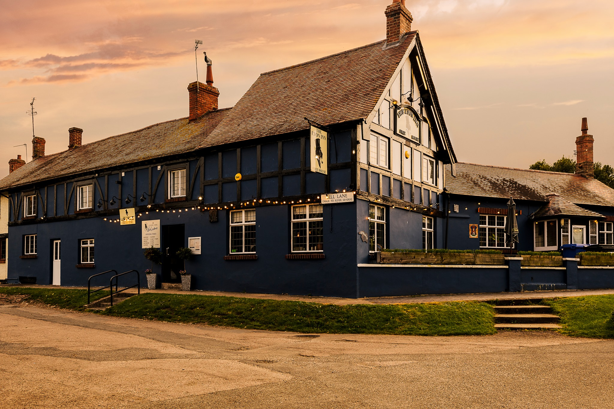 A photo of the outside of The Lyon Inn Pub. With a great selection of real ales and beer, its well worth a visit.